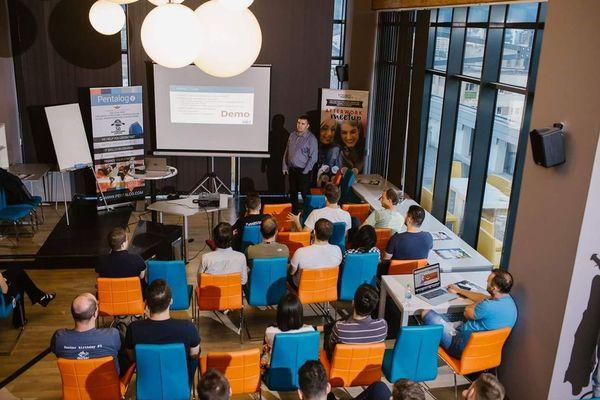 Pentalog Guadalajara hosts its first Tech meetup: The AI behind Data Science Projects (w. Azure ML)